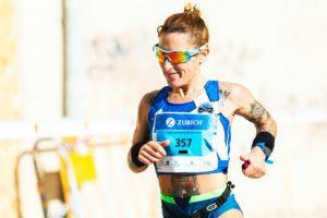 corredora en carrera de larga distancia